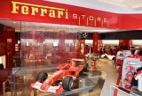 Ferrari Store a implinit 1 an!37425