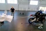 VIDEO: Mythbusters testeaza trucul fetei de masa35156