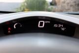 Nissan intentioneaza sa ofere vehicule, cu imprumut, proprietarilor de Leaf33975