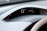 Nissan intentioneaza sa ofere vehicule, cu imprumut, proprietarilor de Leaf33976