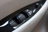 Nissan intentioneaza sa ofere vehicule, cu imprumut, proprietarilor de Leaf33986