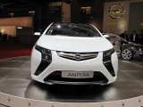 PARIS LIVE: Standul Opel33440