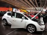 PARIS LIVE: Standul Opel33453