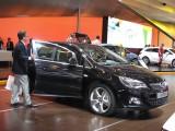 PARIS LIVE: Standul Opel33454
