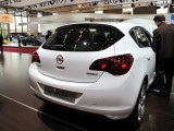 PARIS LIVE: Standul Opel33455