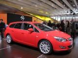 PARIS LIVE: Standul Opel33460
