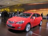 PARIS LIVE: Standul Opel33461