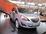 PARIS LIVE: Standul Opel33475