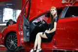 PARIS LIVE: Fetele de la Salonul Auto de la Paris!33425
