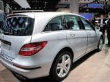Paris LIVE: Standul Mercedes straluceste cu noul CLS33065