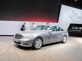 Paris LIVE: Standul Mercedes straluceste cu noul CLS33082