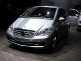 Paris LIVE: Standul Mercedes straluceste cu noul CLS33085
