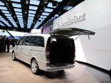 Paris LIVE: Standul Mercedes straluceste cu noul CLS33091