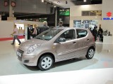 PARIS LIVE: Standul Suzuki32744