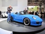 PARIS LIVE: Standul Porsche32527