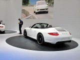 PARIS LIVE: Standul Porsche32555