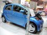 PARIS LIVE: Standul Mitsubishi32424