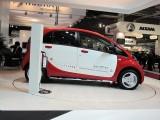 PARIS LIVE: Standul Mitsubishi32434