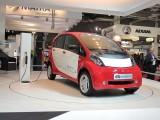 PARIS LIVE: Standul Mitsubishi32441