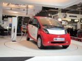 PARIS LIVE: Standul Mitsubishi32442