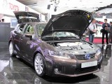 PARIS LIVE: Standul Lexus32338