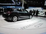 PARIS LIVE: Standul Lexus32355