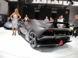 PARIS LIVE: Standul Lamborghini32230