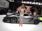 PARIS LIVE: Standul Lamborghini32254