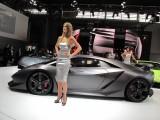 PARIS LIVE: Standul Lamborghini32255