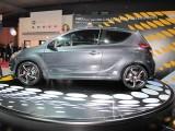 PARIS LIVE: Standul Hyundai32721