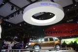 PARIS LIVE: Standul Dacia, intre Mercedes si BMW31550