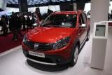 PARIS LIVE: Standul Dacia, intre Mercedes si BMW31551
