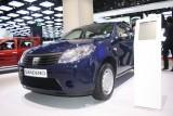 PARIS LIVE: Standul Dacia, intre Mercedes si BMW31555