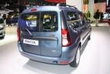 PARIS LIVE: Standul Dacia, intre Mercedes si BMW31560
