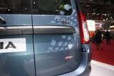 PARIS LIVE: Standul Dacia, intre Mercedes si BMW31561