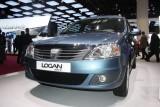 PARIS LIVE: Standul Dacia, intre Mercedes si BMW31562