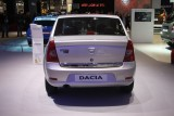 PARIS LIVE: Standul Dacia, intre Mercedes si BMW31565