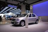 PARIS LIVE: Standul Dacia, intre Mercedes si BMW31566