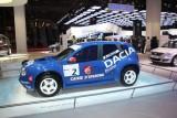 PARIS LIVE: Standul Dacia, intre Mercedes si BMW31567