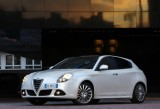 Alfa Romeo va lansa la Paris doua propulsoare noi30374