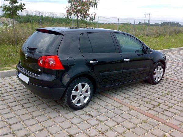 volkswagen golf 5 2005 second hand de vanzare cumparare. Black Bedroom Furniture Sets. Home Design Ideas