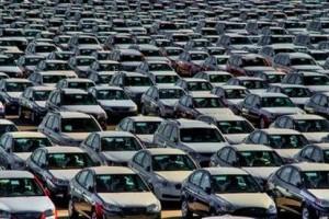 Vanzarile slabe de pe piata auto au redus afacerile din comert