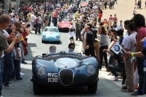 Jaguar sarbatoreste 75 de ani cu o prezenta consistenta la Mille Miglia