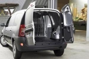 Dacia a vandut 320 de Logan VAN catre Romtelecom
