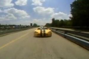 VIDEO: Mitsubishi EVO IX vs Dodge Viper