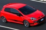 Abarth a tunat modelul Fiat Punto Evo