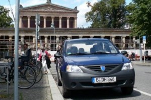 Dacia ia locul 2 si este egala BMW in topul JD Power