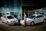 Doua Toyota Avensis vegheza asupra sigurantei traficului pe Autostrada A2