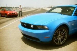 VIDEO: Mustang GT 5.0 versus BMW M3