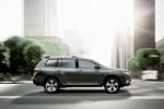 Toyota Highlander facelift debuteaza la Moscova